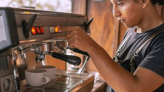 How many watts does a coffee maker use?